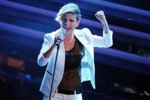 """Emma Marrone seconda su iTunes con """"L'amore non mi basta"""""""