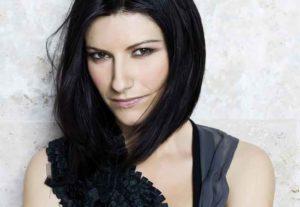 """Laura Pausini torna dopo 2 anni con l'inedito """"Benvenuto"""""""