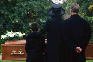 Sei stato invitato ad un funerale? Potrebbe essere il tuo e non è uno scherzo